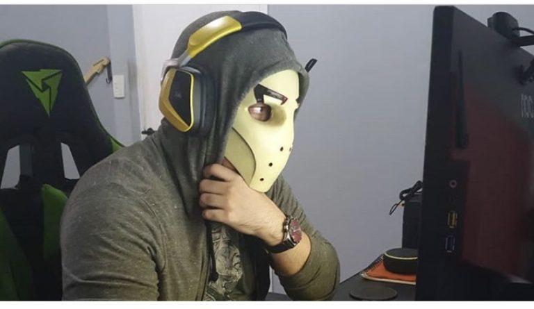 Zangado fala sobre o canal hackeado